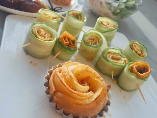 Rose apple tower~, with cucumber rolls, great~